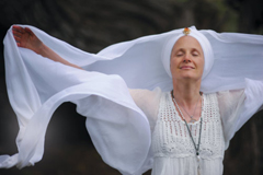 Ras - Snatam Kaur CD Coverbild